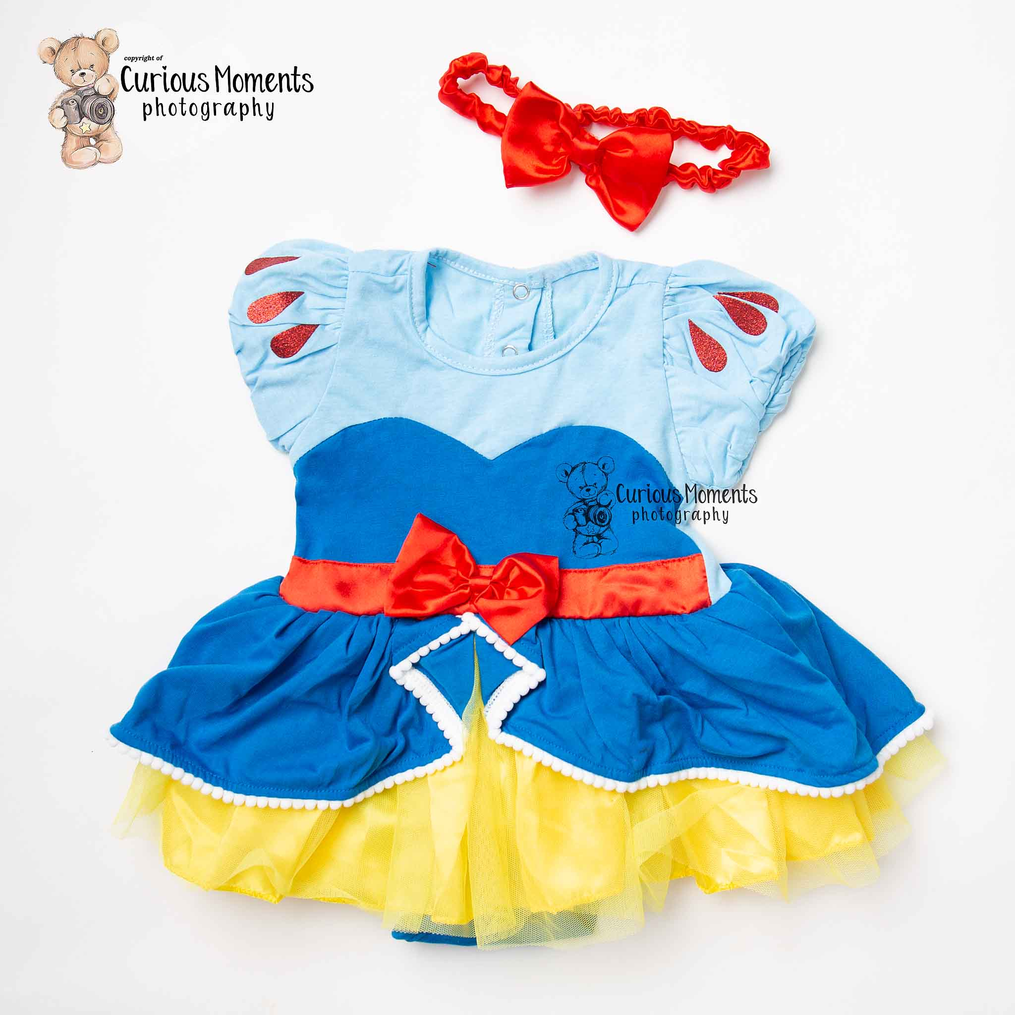Snow white inspired outfit for cake smash