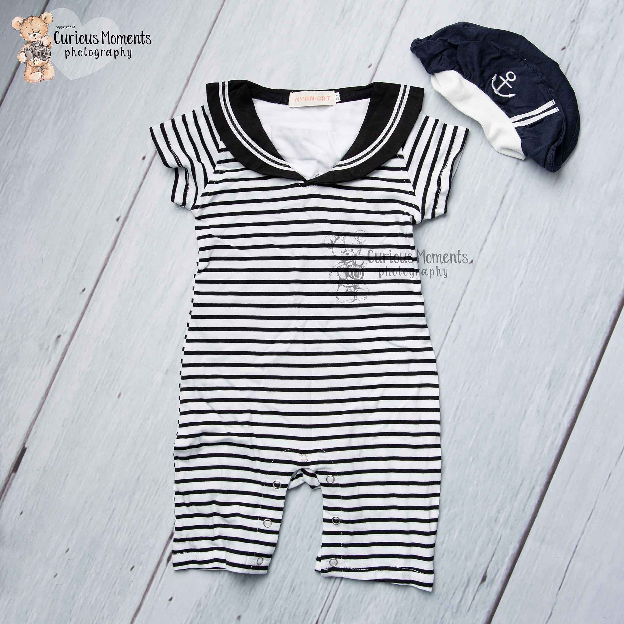 Little sailor outfit for nautical cake smash